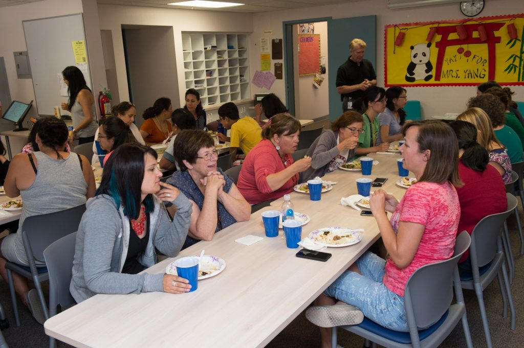 20160812_Lincoln_PTA_Welcome_Lunch_Teachers_2016_24